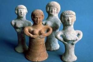 Pillar Figurines